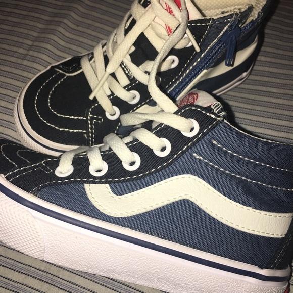 92012f32e1 Childrens vans sneakers. M 5bf20ed3f63eea703d89e2d3